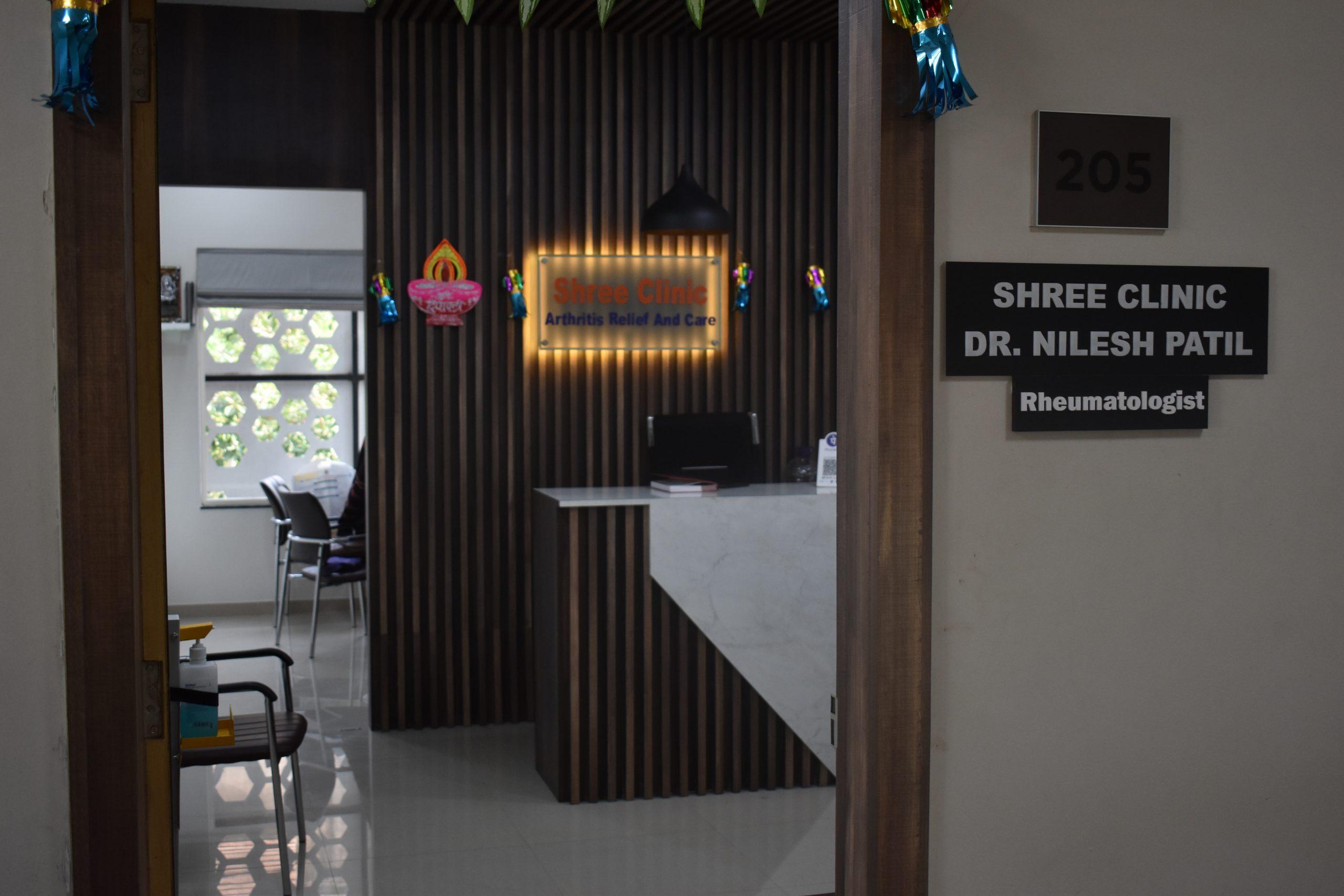 Best Doctor for Rheumatologist in Pune